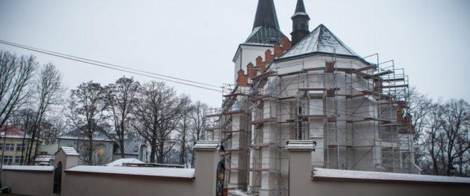 Kiedy zakończy się remont kościoła pw. Wszystkich Świętych w Bobowej? (TV)